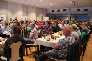 "2. Bürgerplanungsrunde, 92 interessierte Teilnehmer füllen den Saal ""Zum Doppe"""